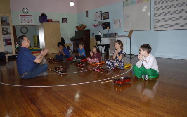 aula em grupo violino